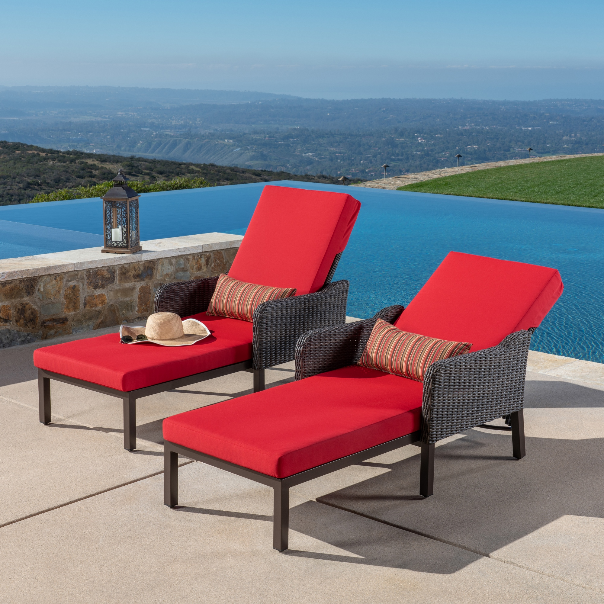 Brandemore 2pk Chaise Lounges Red Mission Hills Furniture
